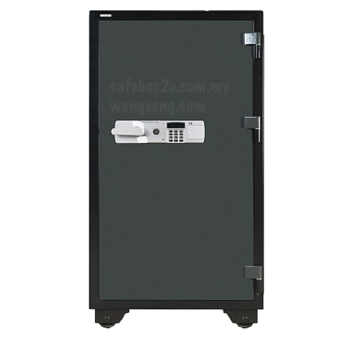 Falcon V380e Solid Safe closed door